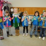8 Ideas – Girl Scouts Wearing Uniform to Meetings