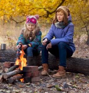 girls-camping