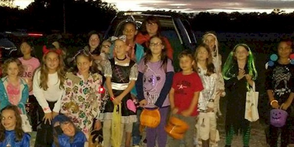 Girl Scout Juniors Trunk or Treat