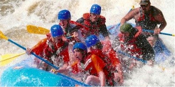 senior-rafting1