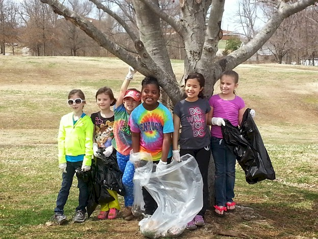 Brownie Girl Scouts Community Service