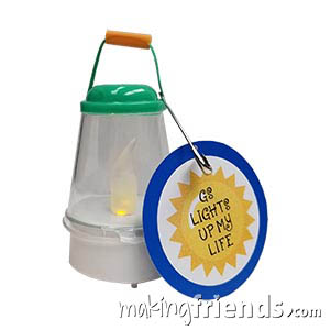 Lantern Girl Scout Friendship SWAP Kit via @gsleader411