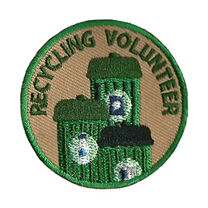 "The Recycling Volunteer Service Patch is from the Youth Squad Environmental Patch Program®. MakingFriends®.com partnered with Youth Squad to bring you a rewarding community service program with step-by-step instructions for every age level to make a meaningful impact in their community. This is one of our ""Volunteer"" level patches. Children as young as eight years old can self-lead by following along with the requirements. via @gsleader411"